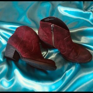 BORN Michel Booties Style D89747